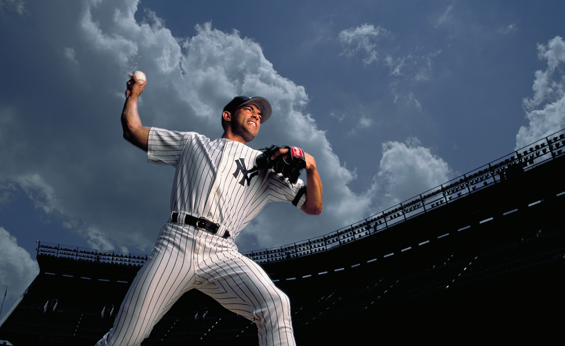 RIVERA_PITCHING_SEALE_SPORTS_PORTRAIT-12.jpg